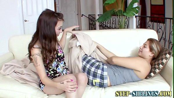 Teen tastes step lez box