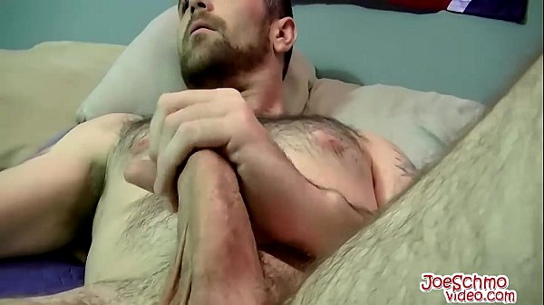2018-11-11 15:15:24 - Horny Joe loves to suck Wade big cock after showing it off 10 min  HD http://www.neofic.com