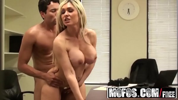 Pervs on Patrol - (Jenna Cruz) - I Caught the Fuck - Mofos Thumb