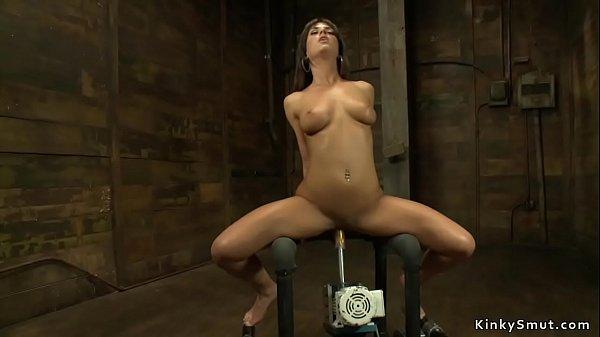 Sexy squirter fucks machine and cums