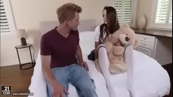 Teddy Bears, Feet & Sex- FULL VIDEO https://goo.gl/7rz943