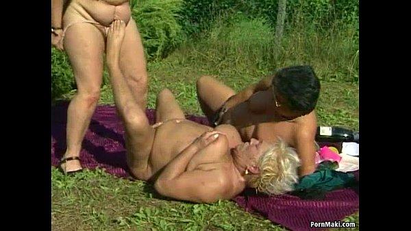 Порно старух кончив секс