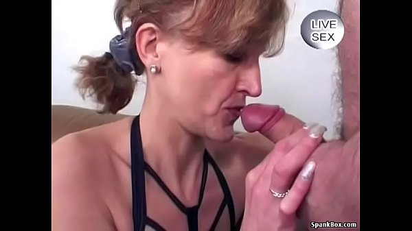 Granny Anal and Facial Thumb