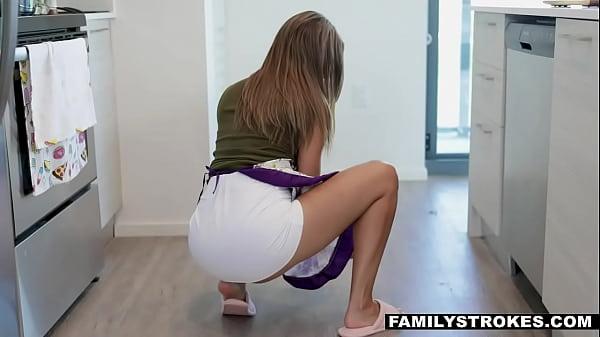 Brunette MOM fucks SON While DAD's In Other Room- Havana Bleu