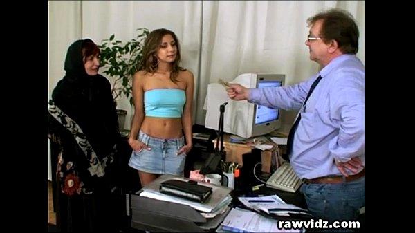 Порно видео про девушек извращенок лизби