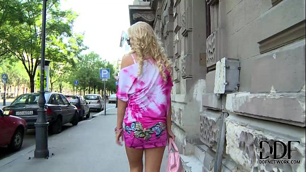 Hungarian Blonde Babe Vanda Lives The Ass Plug Lifestyle Thumb