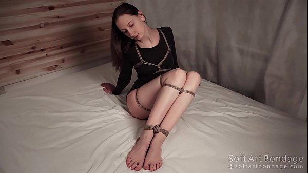 Hard tied legs and dense long shirt