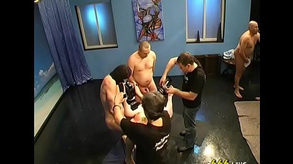 В большую попу порно фото