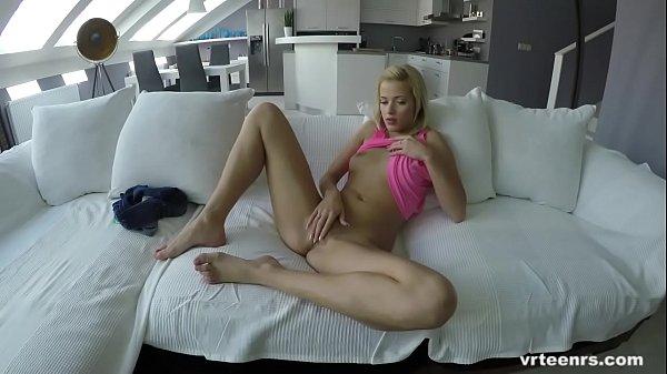 VRTeenrs.com Pornstar stud fucks three hot babes in virtual reality