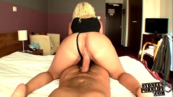 Marvelous Ass Twerking On Huge Cock! Thumb