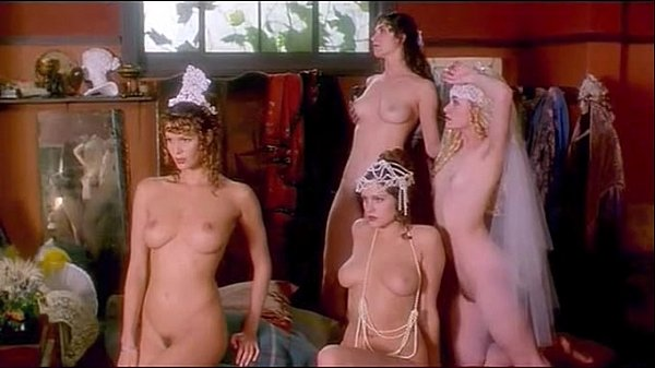 Elle MacPherson, Kate Fischer, Portia de Rossi & Pamela Rabe - Sirens (painting scene) Thumb