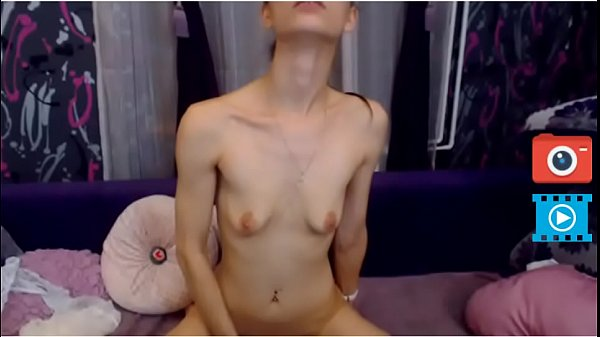 pussy fuck with toy sexy cam girl