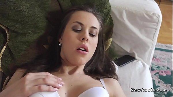 Порно мужик сасёт у транса