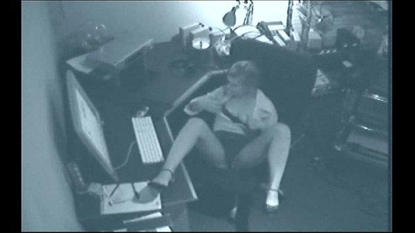 Secretaries caught fucking on tape