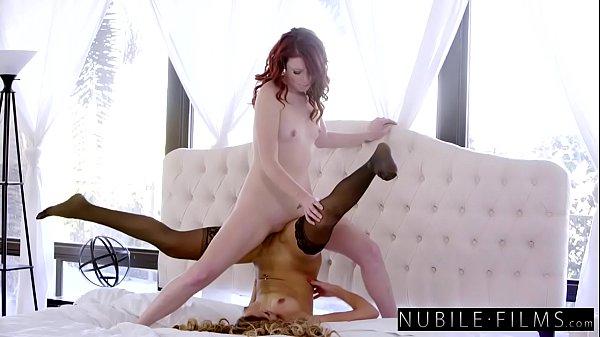 Best Lesbian Sex 2017 - Intense Scissoring Orgasms S19:E5