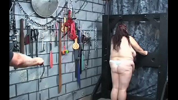Порно видео жена в халате домашнее