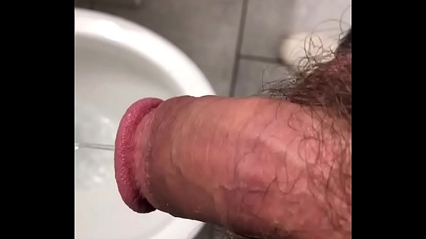 2019-01-12 14:28:50 - Young hairy OsoFroze Peeing in Friend's toilet 18 sec  HD http://www.neofic.com