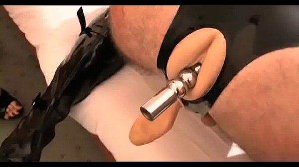 Показать порно видео в офисе