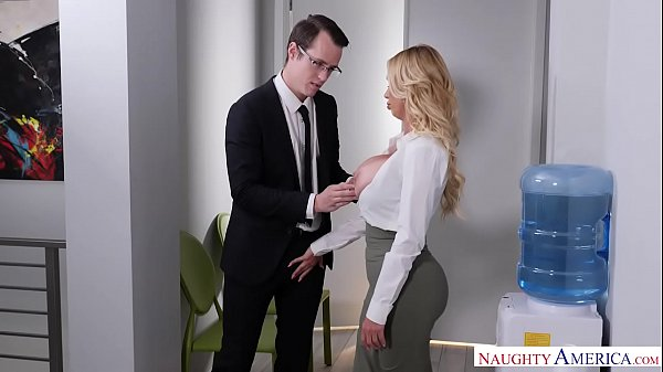NAUGHTY AMERICA TOO MUCH OFFICE SEX Thumb
