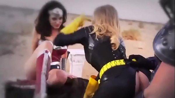 Batgirl The Dark Lady Rises Thumb