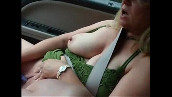 xxx My pervert bitch in car masturbates with cucumber in front