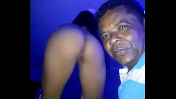 Stripper feito no bar da Tigresa com dança funk e internacional