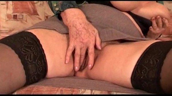 Порно фильмы молодой пары