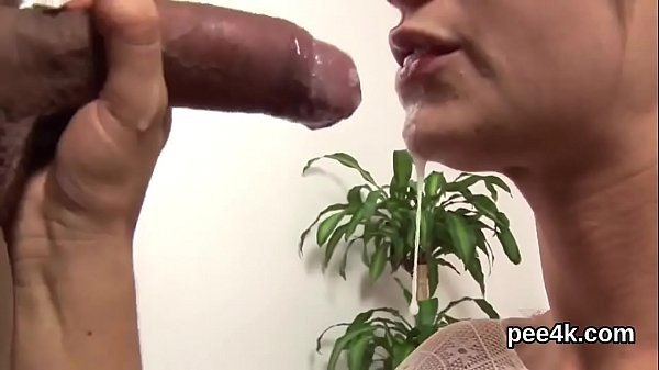 Breathtaking sex kitten gets her wet kitty total of warm piss and squirts