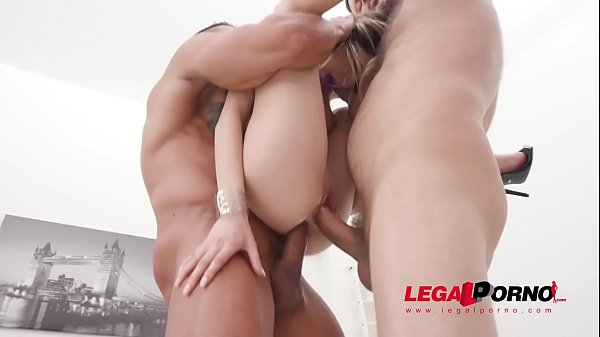Rebecca Volpetti assfucked by 4 guys and pissed...