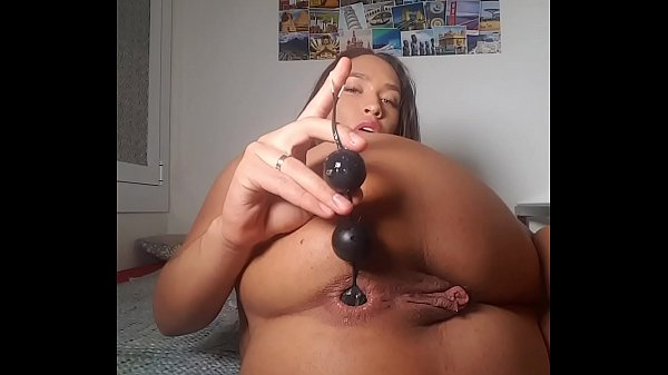Slut Briana Banderas like to fuck her ass ! Anal balls, dildo anal, speculum Thumb