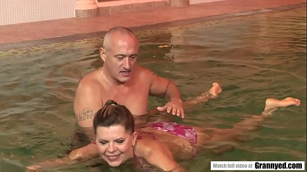 The reward of a swimming lesson is a firm Cock in Samantha's GILF Pussy