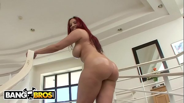 BANGBROS - PAWG Kelly Divine Got An Ass That Just Won't Quit