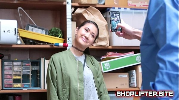 Shoplifting Case No 8882548 With Busted Teenager