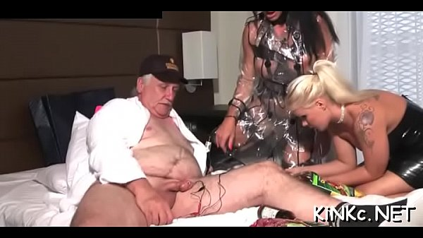 Raw fucking is what makes everybody glad and cumming Thumb