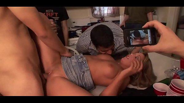 Порно ролики жесткие групповые мужчин с мужчинами