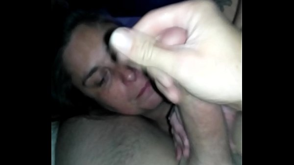 Wife Getting A Very Huge Facial Cumshot. And Didn't Like It.