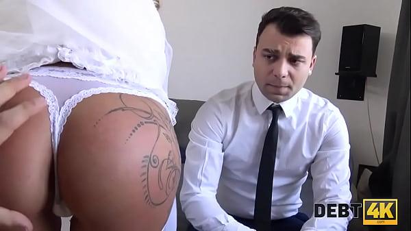 DEBT4k. La sposa ceca Claudia Macc scopata davanti al suo sposo sconvolto Thumb