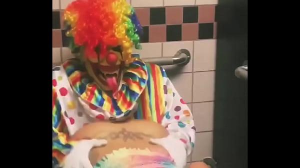 Girl rides clown in bathroom stall Thumb