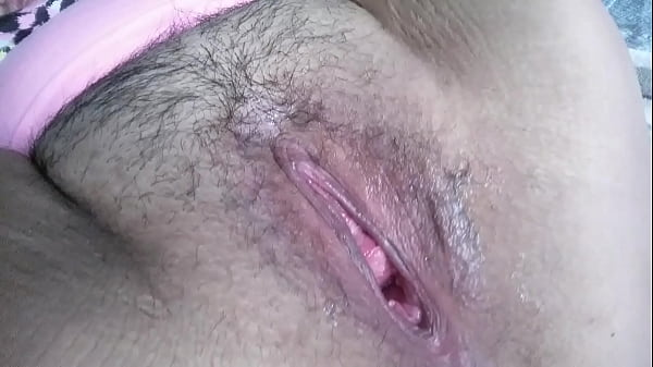 Bottle fucking & showing off my pretty pink gape