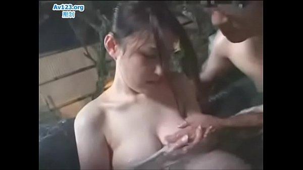 Japanesr Wife Cheating - who she's name ? Help me Thumb