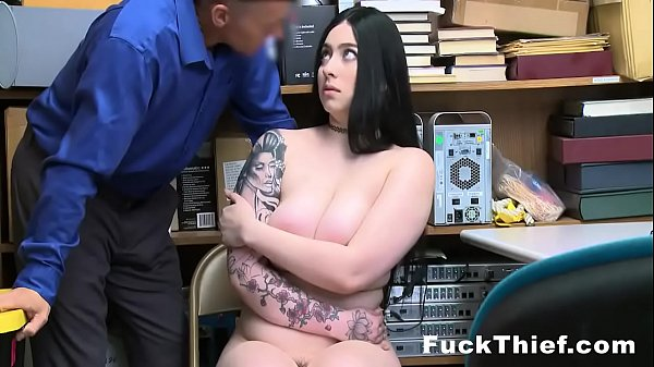 Amilia Onyx Caught Shoplifting And Fucked