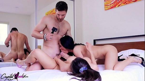 Lesbians Pussy Licking and Hard Rough Sex - Hot Threesome