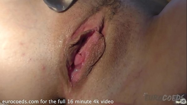 short hair suzanna wake up and fuck herself with glass dildo on my couch