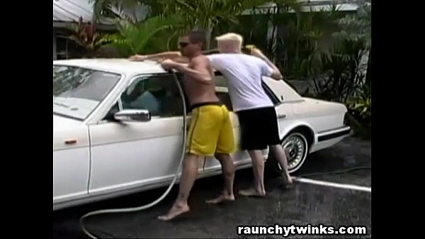 2018-12-25 17:05:53 - Hot Jocks Car Wash Service Turns To Crazy Gay Fucking 10 min  http://www.neofic.com
