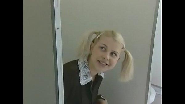 new girl in school – TEENXXVIDEOS.COM