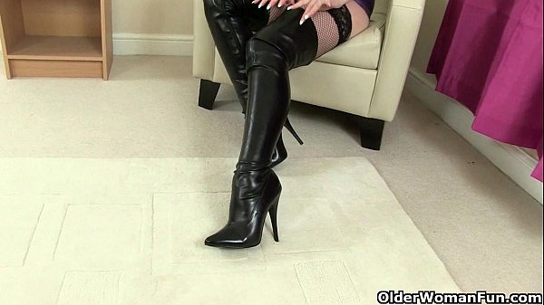British milfs Lelani and Red masturbate in knee high boots Thumb