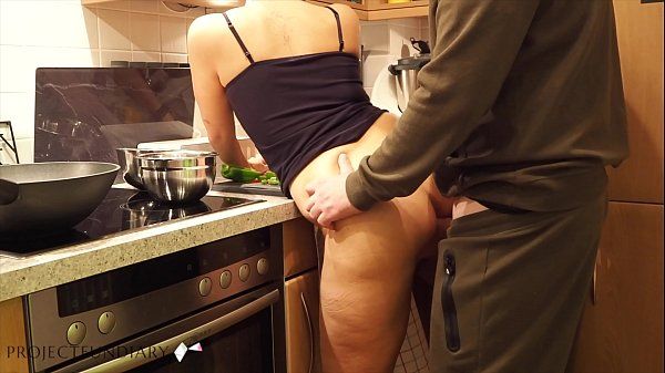 milf preparing dinner quick kitchen fuck - projectfundiary Thumb