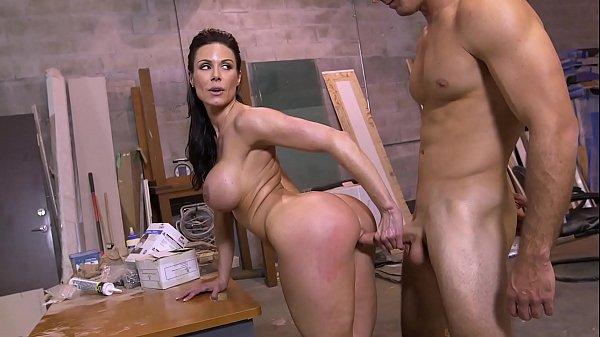 Porno peludas gostosa safada tarada dando de quatro o rabão