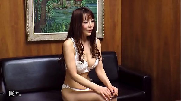 סרטי סקס 主婦を口説く 24 ~世間知らずな美熟女に生中出し~ 2
