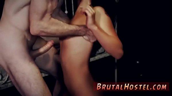 Порно мама трахает сына в попку сатрап